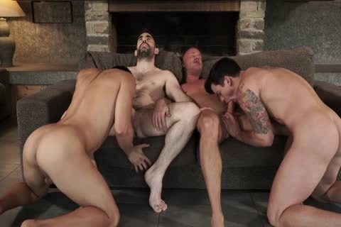 Two Daddies bang Younger pair unprotected
